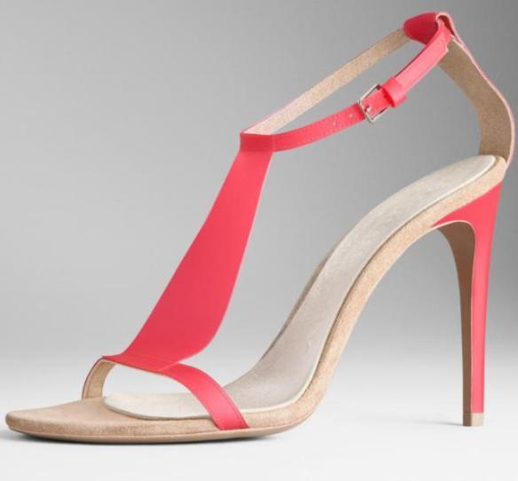 burberry-translucent-vinyl-sandals-in-vibrant-pink-c2a3450