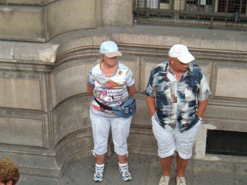 8uo0uh_blogamerican_tourists