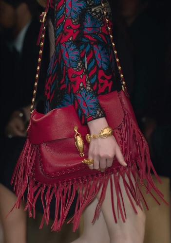 Valentino-Spring-2014-Trends-Runway-Collection-Fringe-Bags-351x500